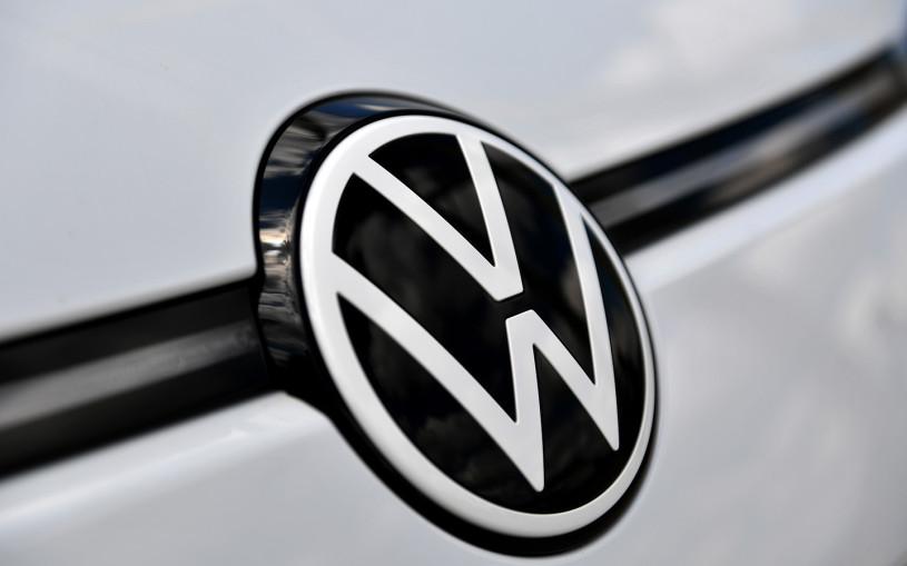 Volkswagenотзывает 20-летние Passat в России