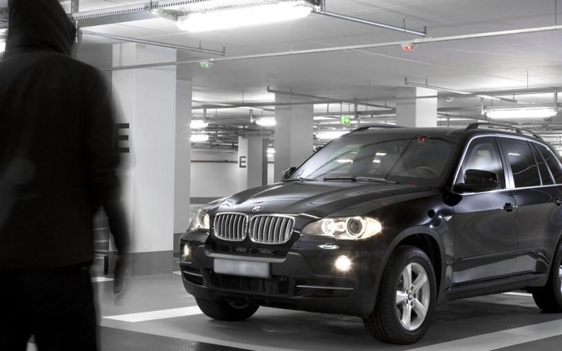 Как угоняют машины в России: схемы, отстойники и опасные места