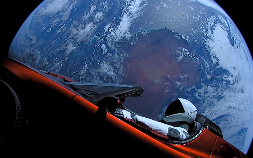Tesla Roadster Илона Маска пролетел на минимальном расстоянии от Марса