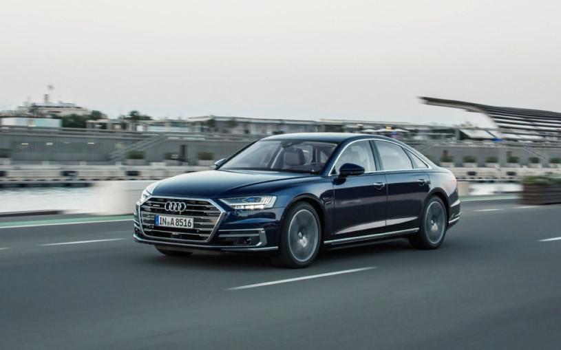 Audi отправит на сервис седаны A8 в России из-за проблем с двигателем