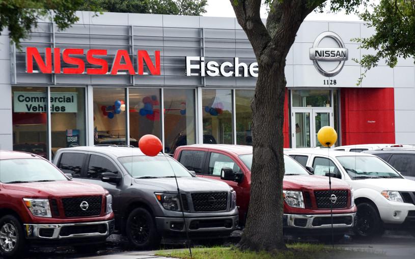 Мировой автомобильный рынок в октябре вырос на 2,3%