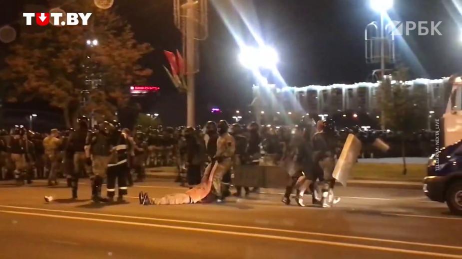 Более трети россиян одобрили действия Лукашенко по подавлению протестов
