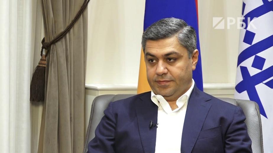 Экс-глава СНБ Армении— РБК: «Страной фейсбуками и лайками не управляют»