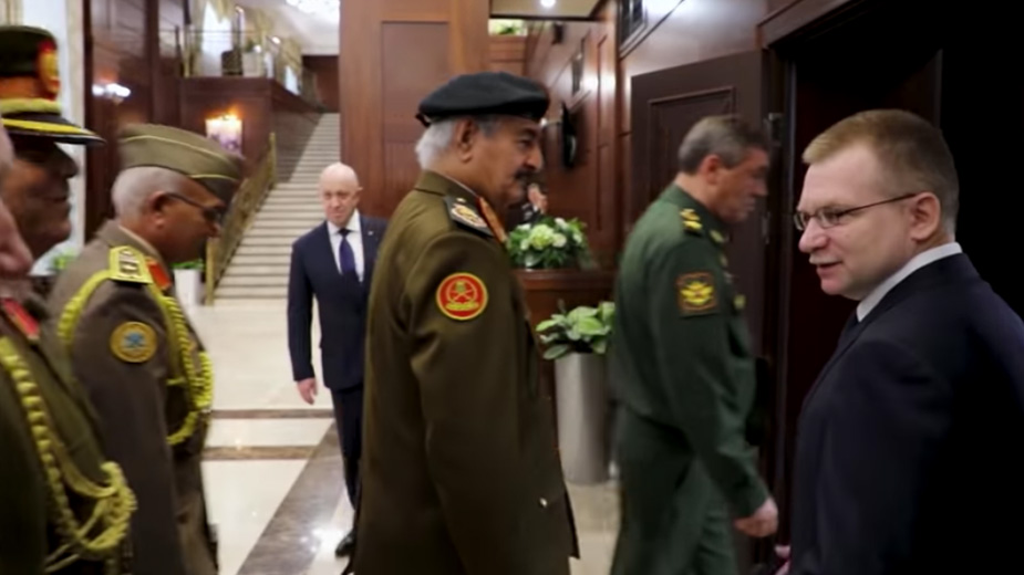 Видео: مكتب الاعلام - القيادة العامة للقوات المسلحة الليبية / YouTube