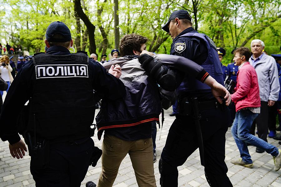 Задержания во время праздничных мероприятий в Одессе