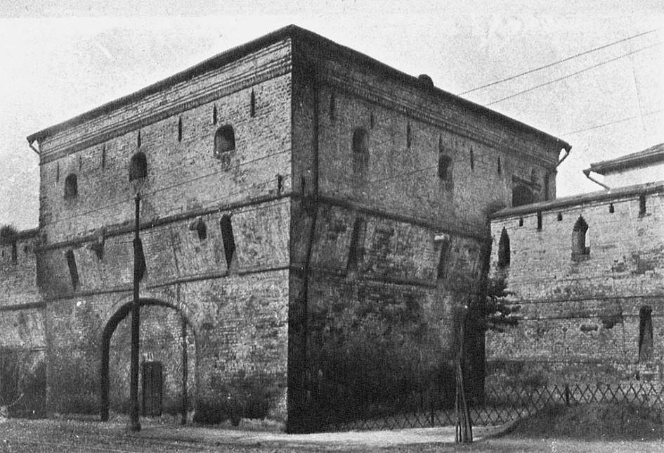 Космодамианская башня. Фото сделано ранее 1914 года
