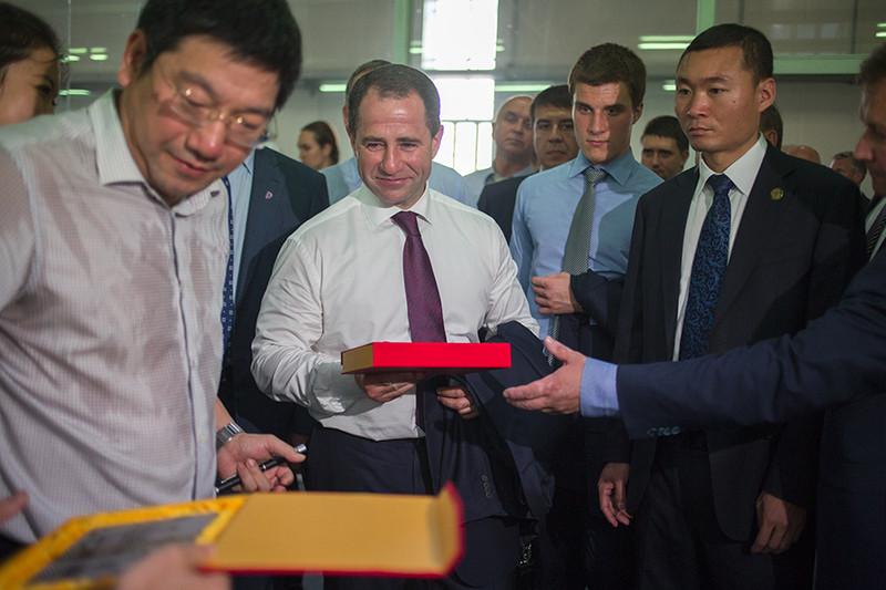 Михаил Бабичв научно-техническом парке Научно-технического университета Центрального Китая