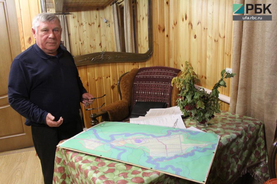 Виктор Пелисовс картой деревни