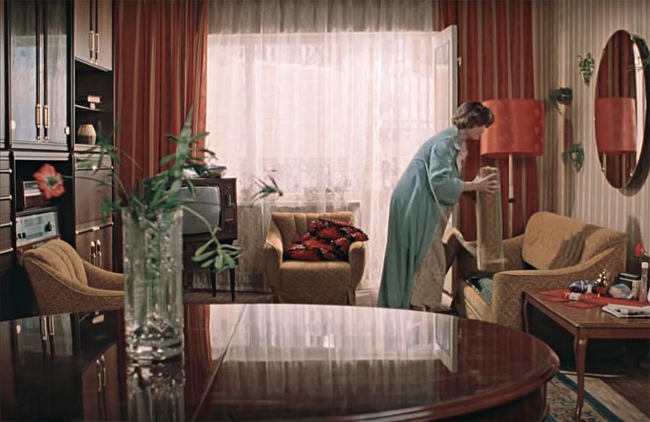 Кадр из фильма«Москва слезам не верит»