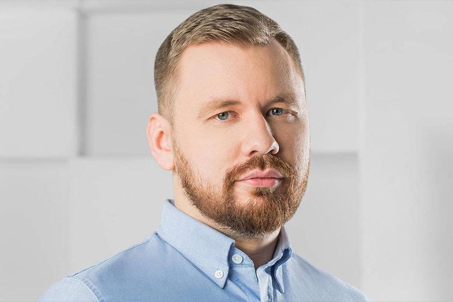 Виталий Серуканов