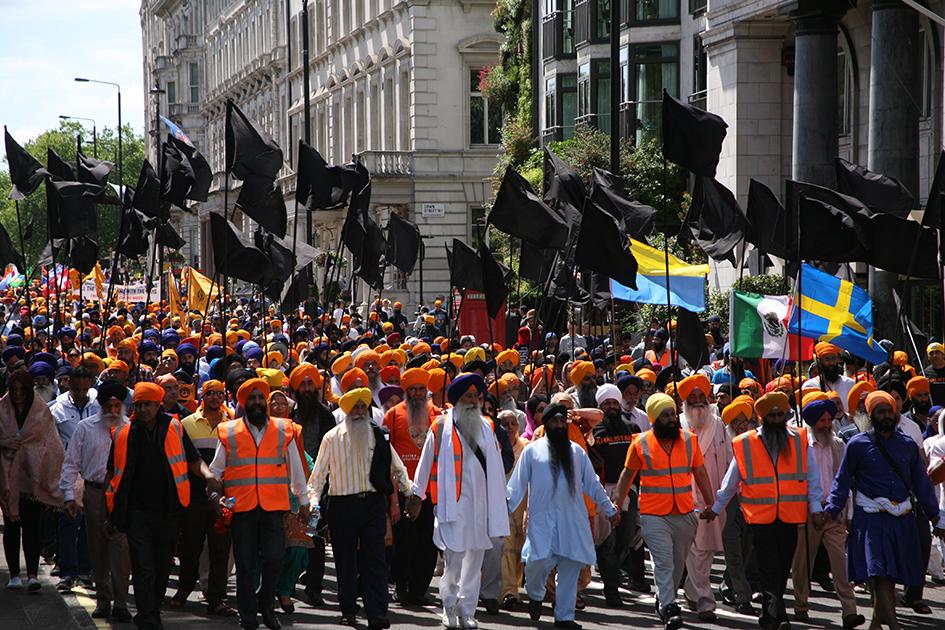 Протестное шествие сикхов в Лондоне