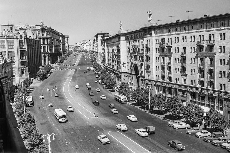 Улица Горького. 1963 год