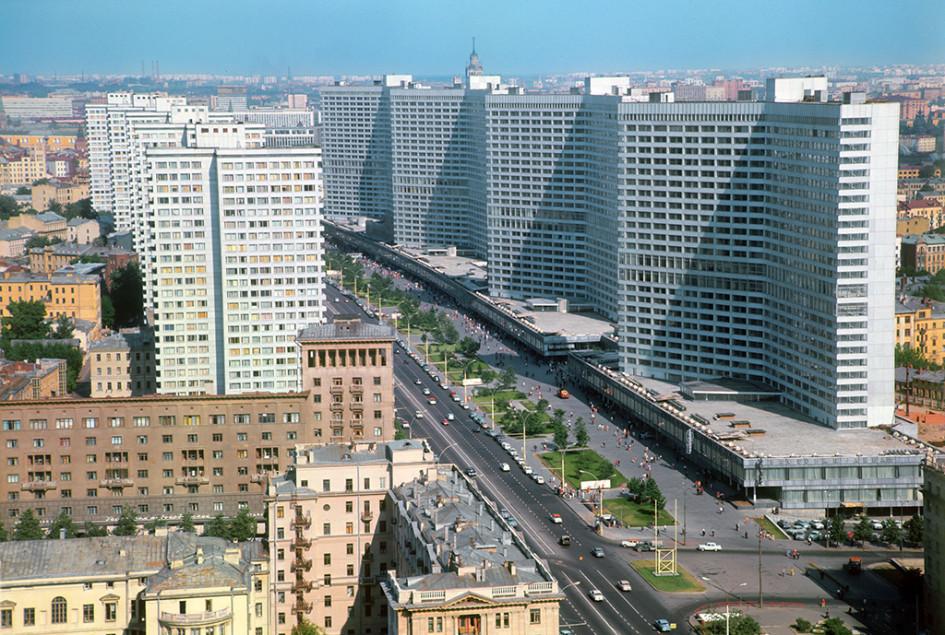 Проспект Калинина. 1970 год