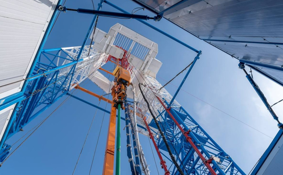 Нефтяная вышка «Роснефти» наВосточно-Мессояхском месторождении
