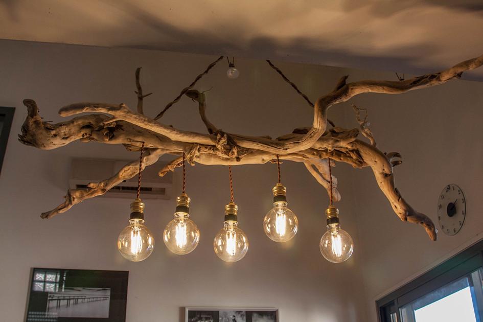 Ветка-люстра с лампами