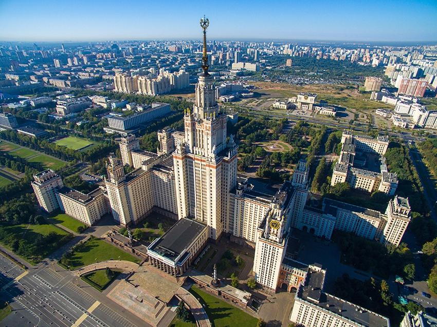 Шансы снять дешевую квартиру рядом с МГУ намного выше, чем рядом с ВШЭ