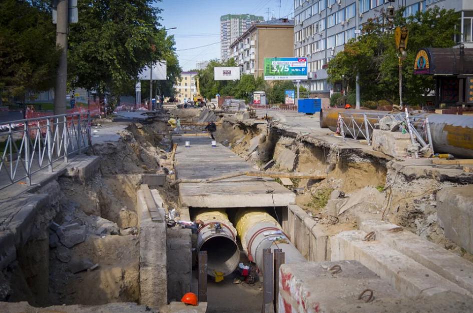 На улице Фрунзе заменили три участка магистральных сетей протяженностью 248, 170 и 226 метров