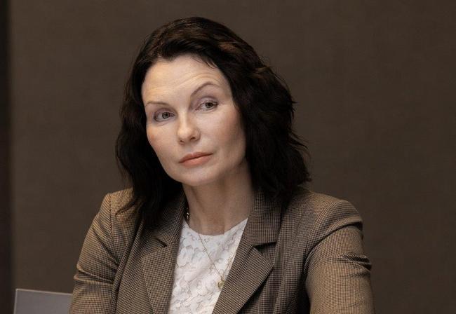 Юлия Девяткина (Tele2)