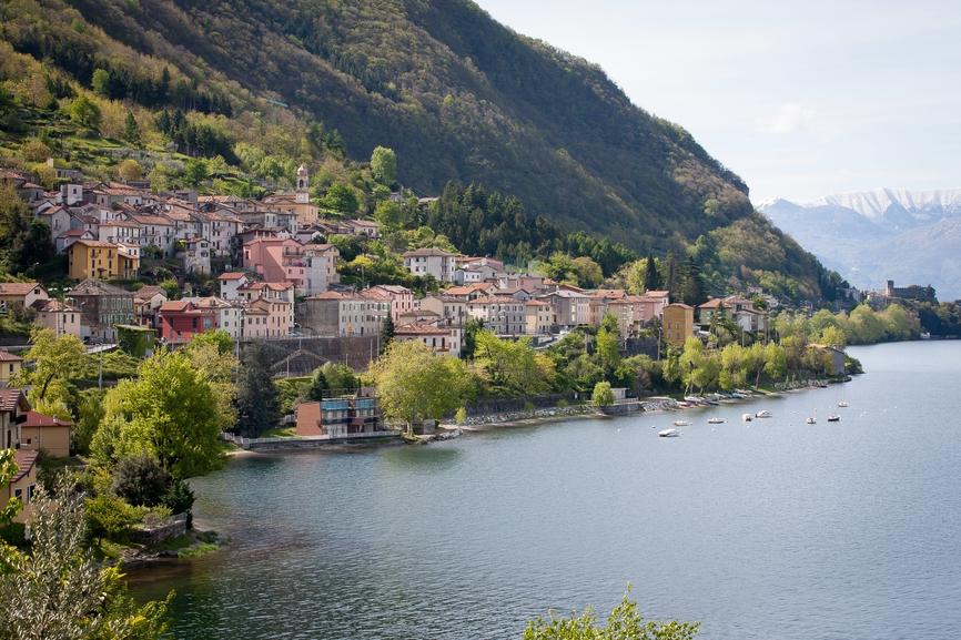 Озеро Комо в Италии. Недвижимость здесь выбирают те, кто ценит мягкий и комфортный климат