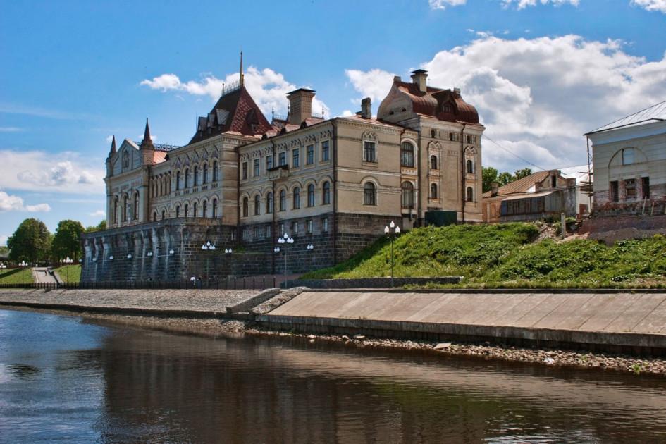 Сегодня Рыбинская биржа— одна из немногих дореволюционных бирж в России, здание которой сохранилось в исторически корректном виде