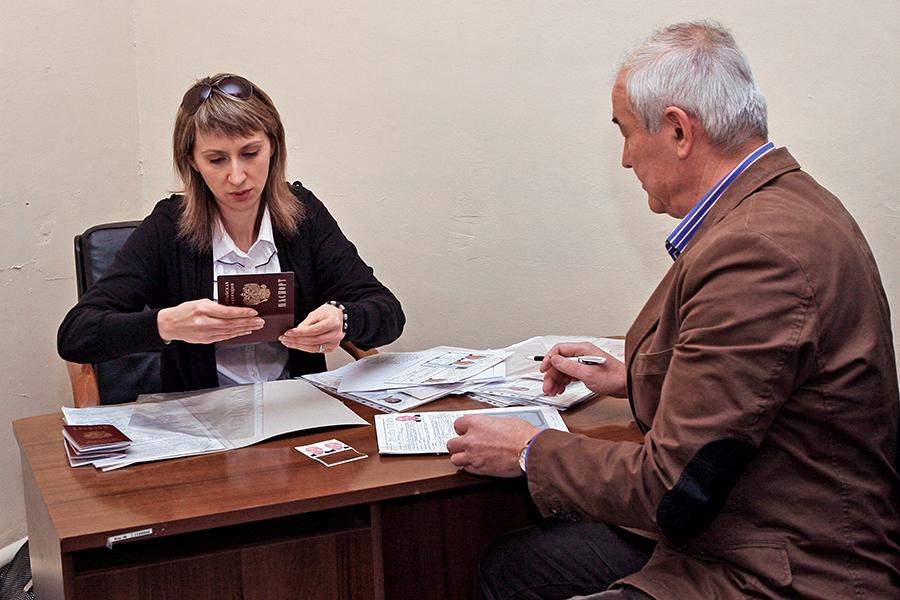 Донбасс встаёт на путь Приднестровья: в Кремле готов план упрощённой выдачи российских паспортов (ФОТО)