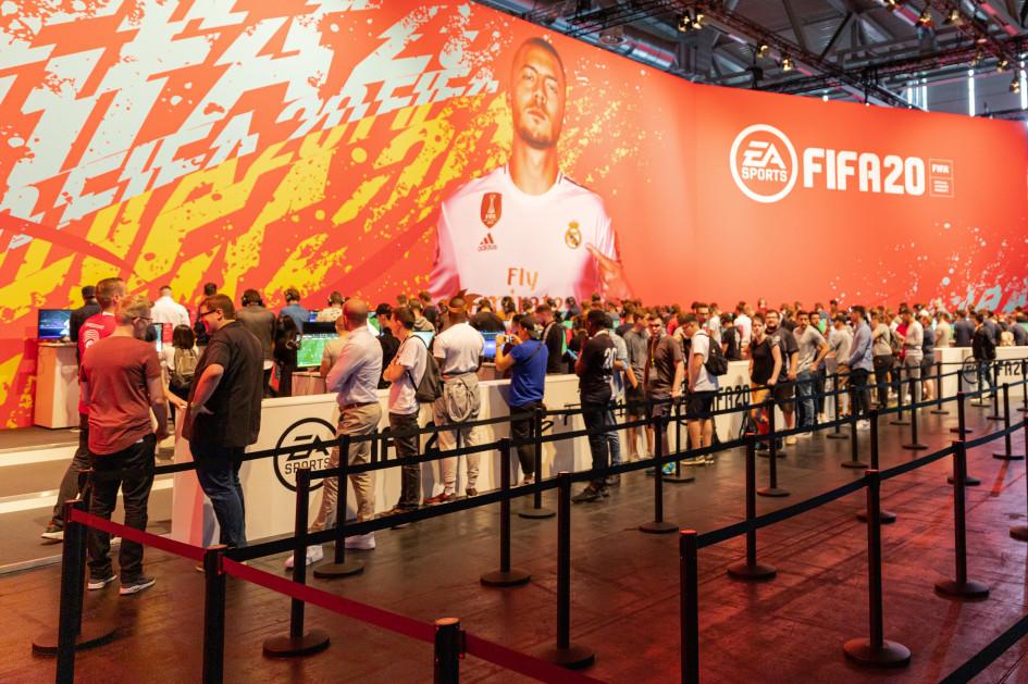 Презентация игрыEA Sports FIFA 20 на выставке Gamescom 2019