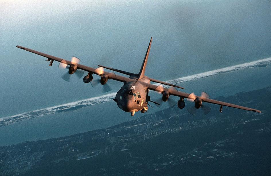 Самолет огневой поддержки AC-130