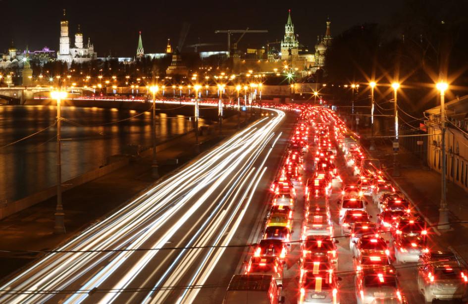 Пробка на Кремлевской набережной