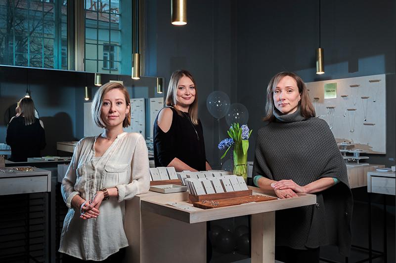 Предприниматели Татьяна Ковырзенкова, Дарья Хлопкина иЕвгения Галактионова (слева направо)