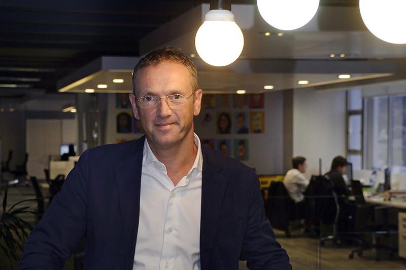 «Как ранние инвесторы мы восхищаемся долгосрочными перспективами Avito. Как ожидается, российский рынок онлайн-коммерции значительно вырастет вместе с увеличением количества людей, получающих доступ к интернету», — заявил в сообщении о покупке акций Avito генеральный директор медиагруппы Naspers Боб ван Дейк (на фото)