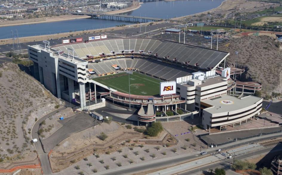 Sun Devil Stadium (Темпе, США). Вместимость 53 559 зрителя, сроки реконструкции – 2014-2018гг., стоимость реконструкции – $307 млн.