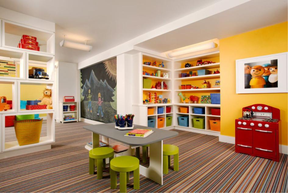 Детская игровая комната в подвале