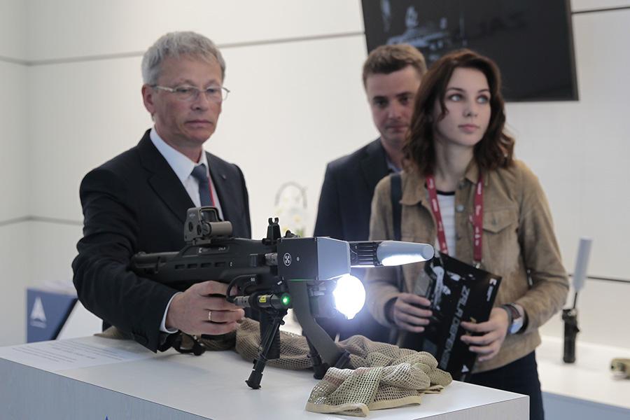 Нелетальное оружиe Rex 1