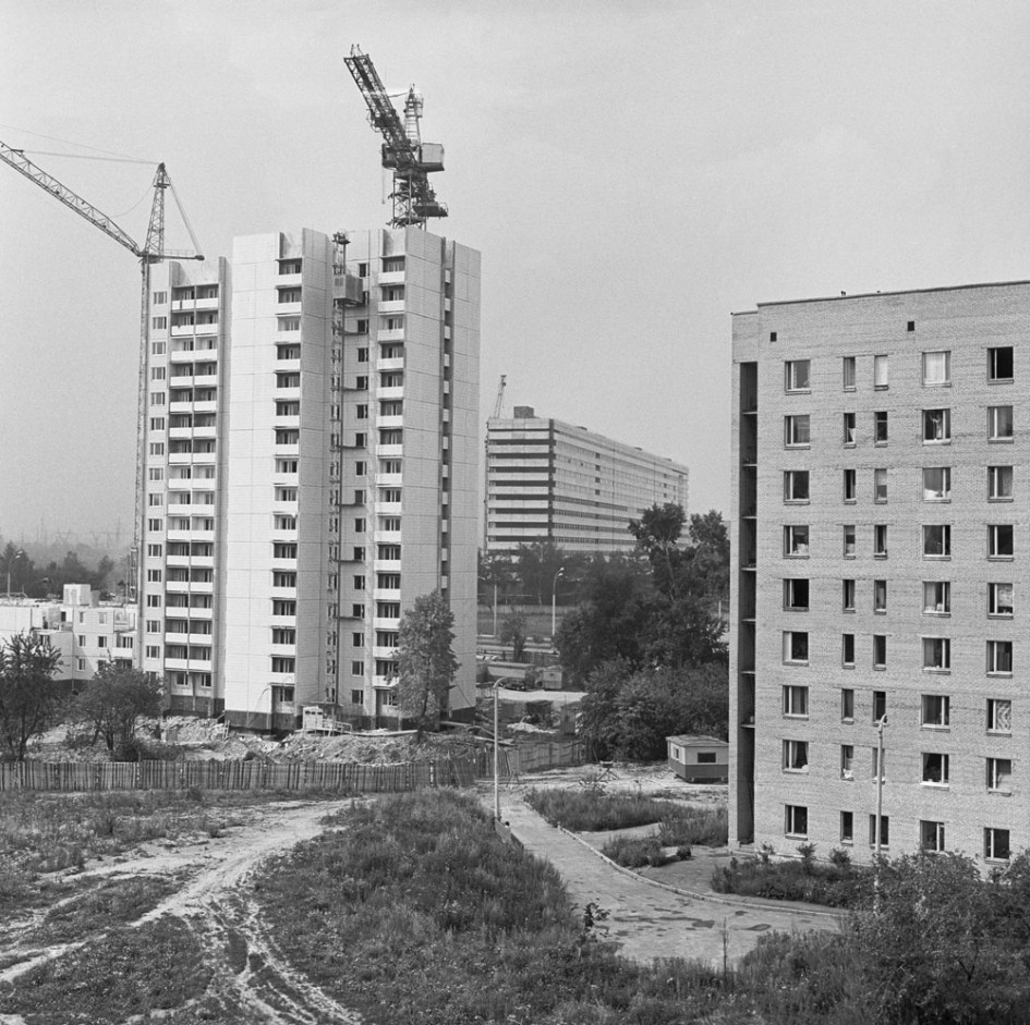 Строительство жилого дома на Бакинской улице микрорайона Ленино-Дачное