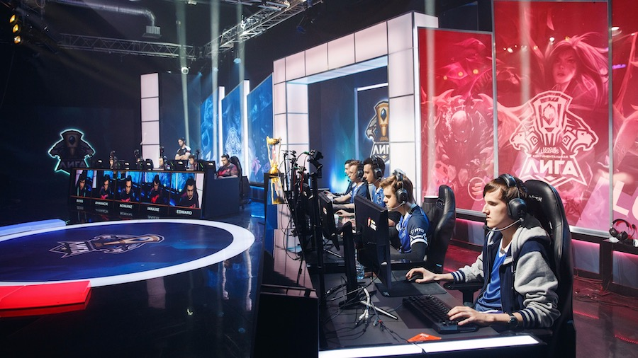 Официальная трансляция Riot Games в студии E TERRA MEDIA