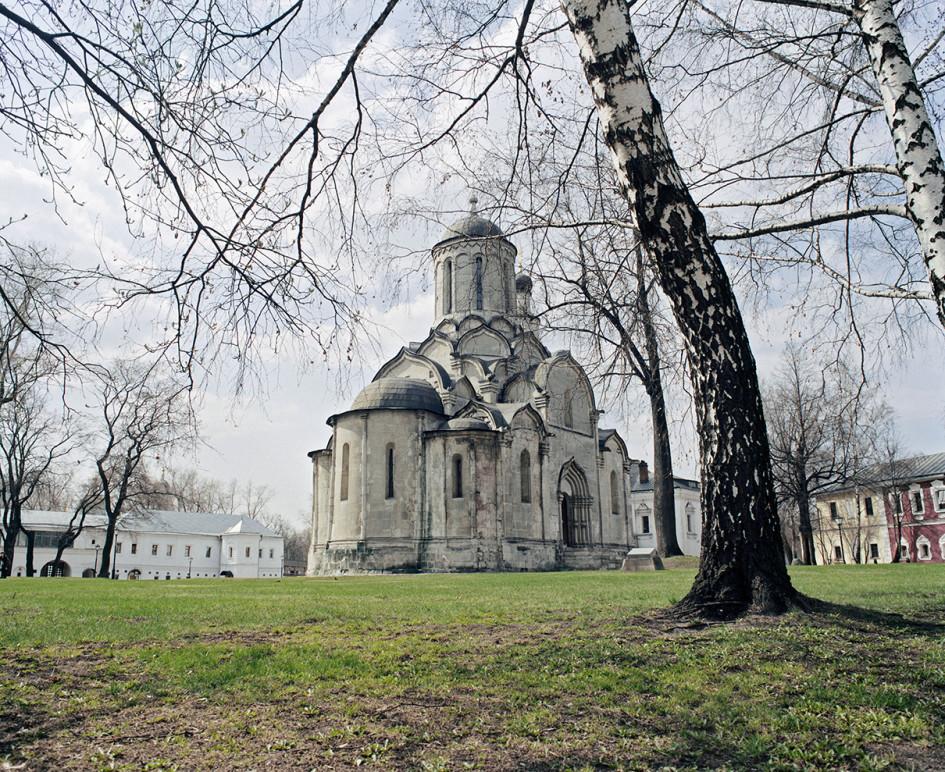 Спасский собор Спасо-Андроникова монастыря