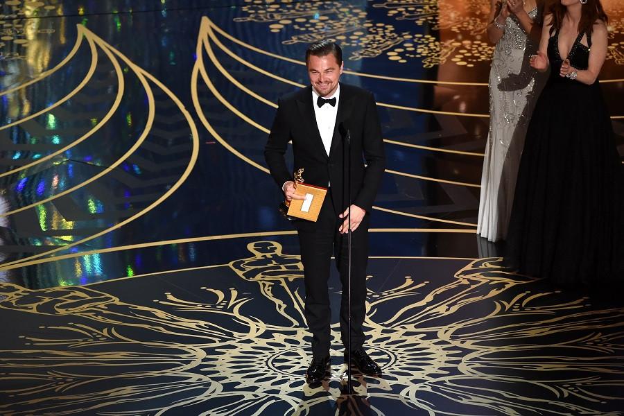 Леонардо Ди Каприо получает свой первый «Оскар» в 2016 году