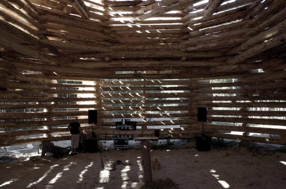 «Ленивый зиккурат», вид изнутри первого этажа
