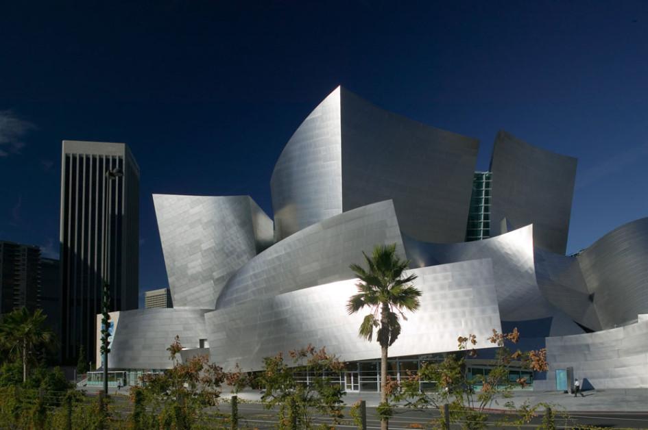 Концертный зал Уолта Диснея в Лос-Анджелесе
