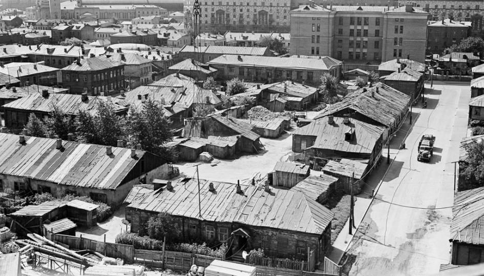 Дома у бывшего Можайского шоссе (ныне Кутузовский проспект 1952).