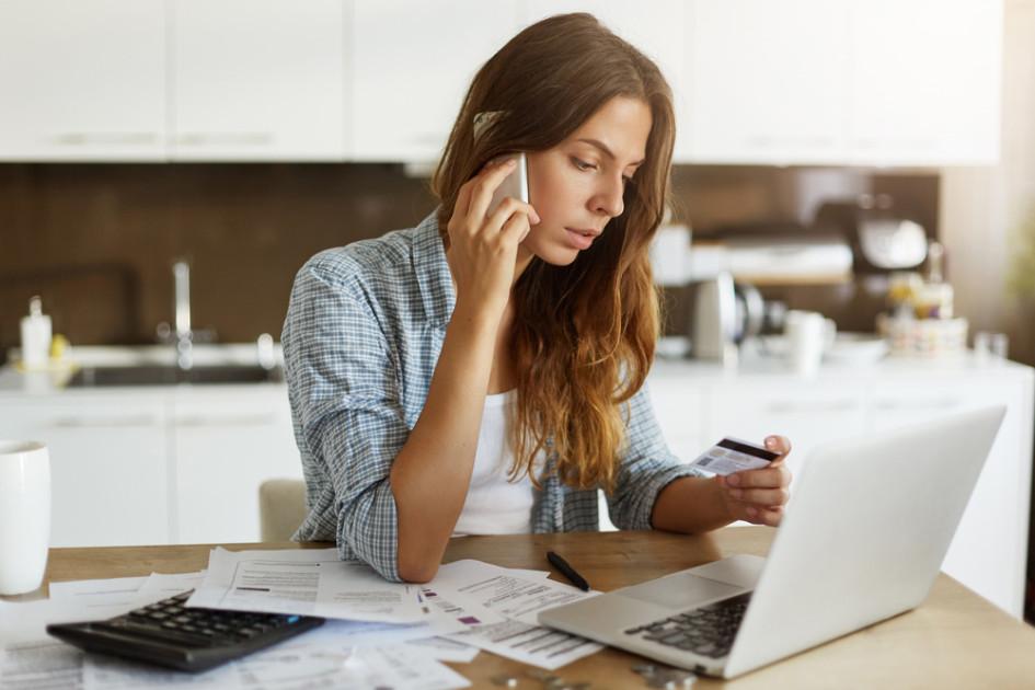 Кредитный рейтинг можно улучшить, взяв небольшой потребительский кредит и выплатив его «день в день»