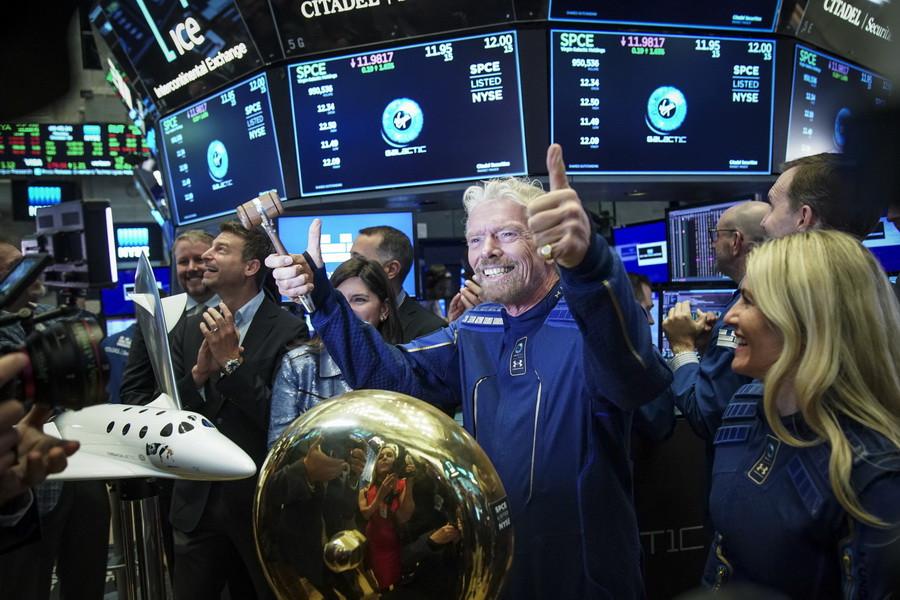 Основатель Virgin Galactic сэр Роберт Брэнсон на Нью-Йоркской фондовой бирже 28 октября 2019 года