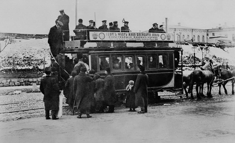 Посадка наконку у Рязанского вокзала вМоскве, 1902 год