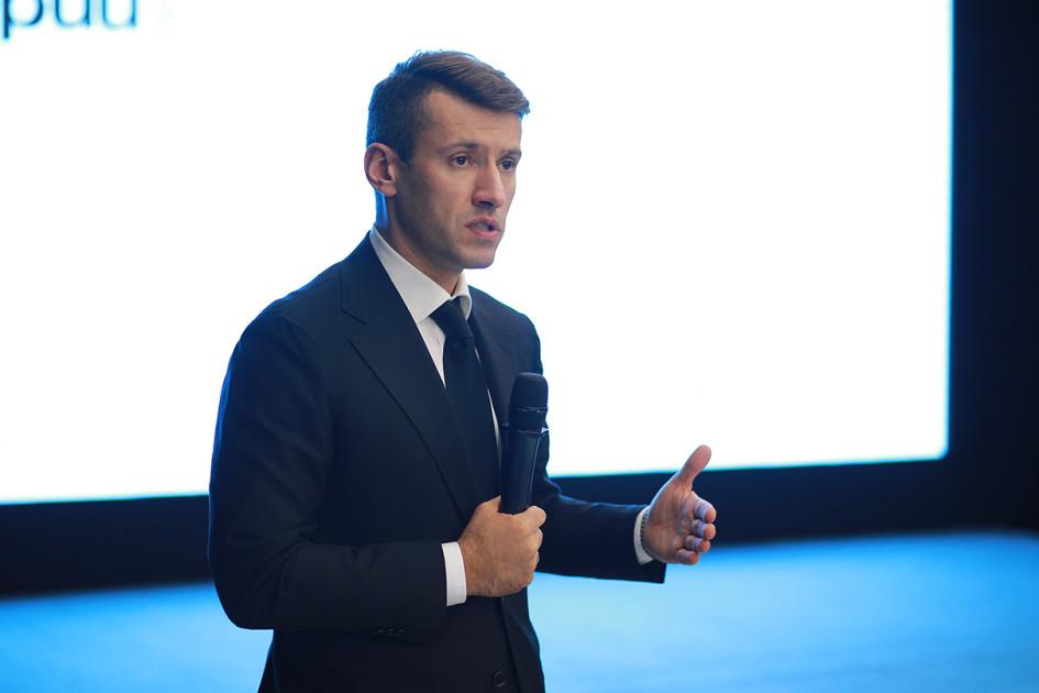 Генеральный директор ДОМ.РФ Александр Плутник