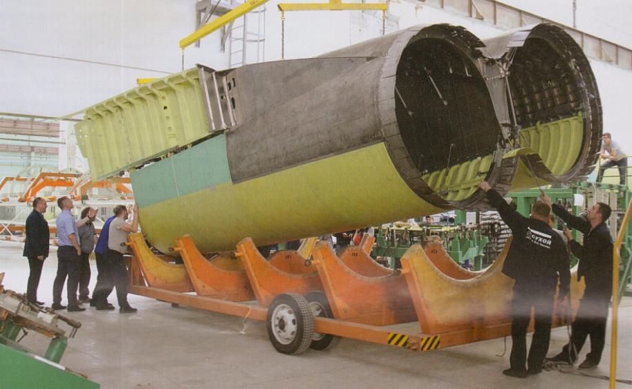 В конце сентября в Новосибирске собрали первый моторный отсек для обновленного стратегического бомбардировщика Ту-160М2
