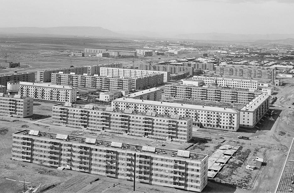 Типовая жилая застройка в микрорайоне города