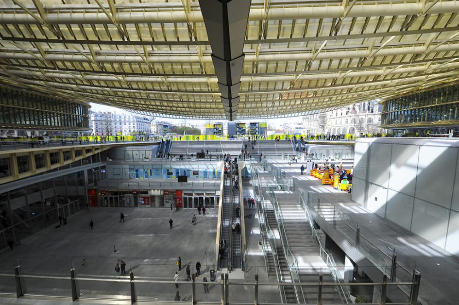 Новый торговый центр «Форум-де-Аль» вПариже