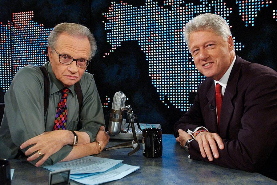 Ларри Кинг и Билл Клинтон (слева направо)