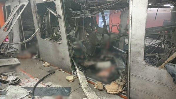 Место взрыва на станции метро в Брюсселе