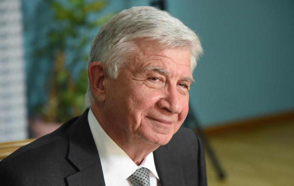 Владимир Евланов